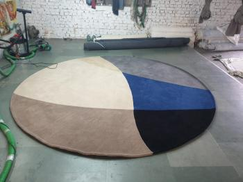 Multi-color Round Woolen Round Rug Manufacturers in Rajasthan