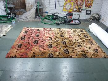Multicolour Floral Woolen Rug Manufacturers in Bangalore