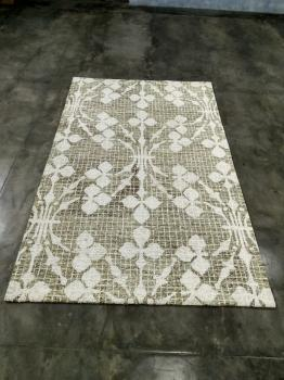 White Hand Tufted Floor Rug Manufacturers in Panipat